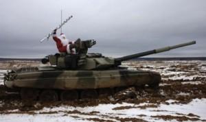 santa-and-tank